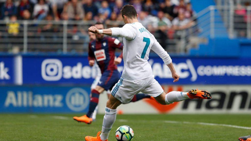 CR7 anota doblete para triunfo del Real Madrid