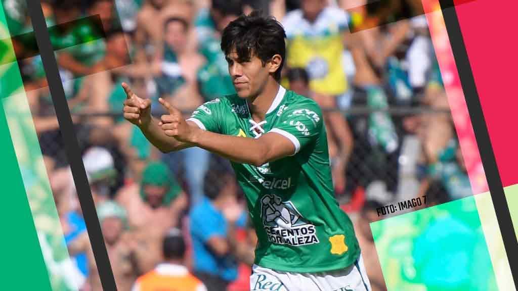 Macías con mejor cuota goleadora que Jiménez y Chicharito